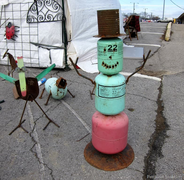 metal-yard-art-nashville-flea-market.jpg