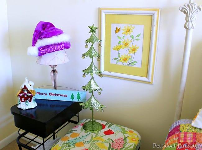 santa hat 12 days of christmas tour