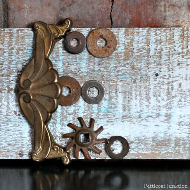 assemblage are the letter E petticoat junktion