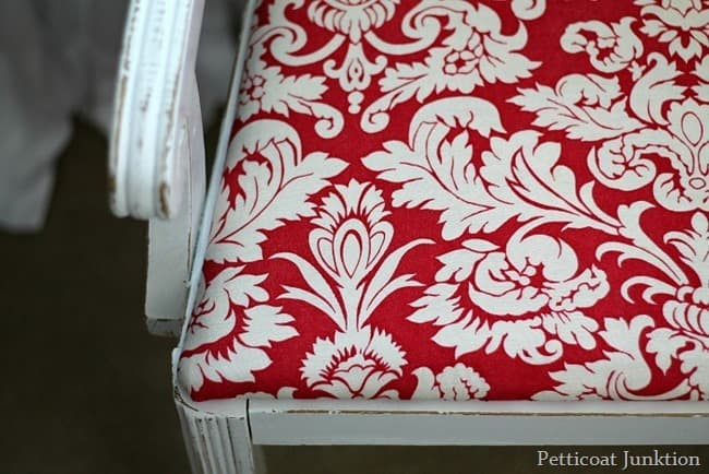 red and white damask print seat cover