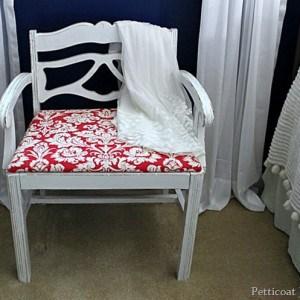 vintage-vanity-bench_thumb.jpg