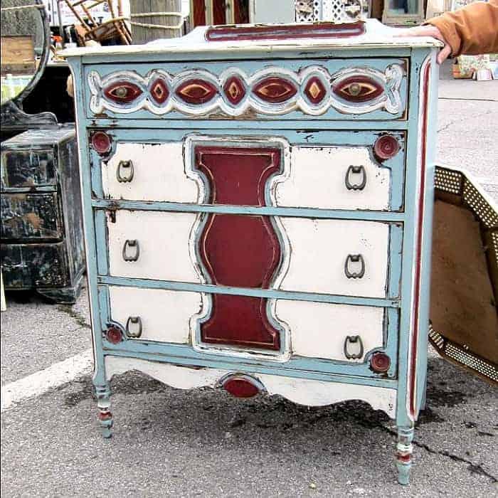 Nashville Flea Market Furniture Finds