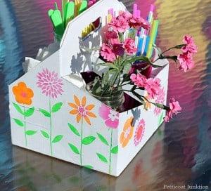 easy-picnic-caddy-craft-petticoat-junktion.jpg