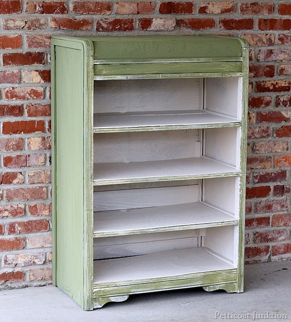 miss mustard seed milk paint color boxwood furniture project petticoat junktion