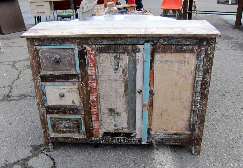 fun fabulous furniture nashville flea market petticoat junktion. Black Bedroom Furniture Sets. Home Design Ideas