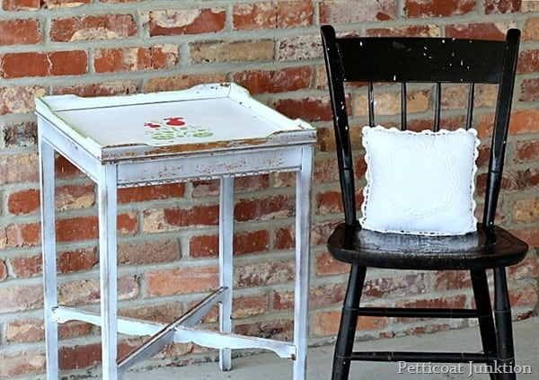 white stenciled table love it and leave it junk treasure petticoat junktion