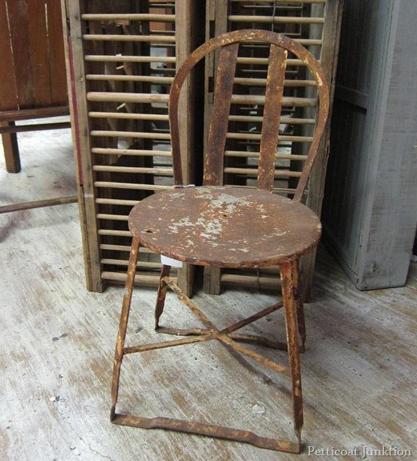 rusty metal chair Petticoat Junktion junkin' trip