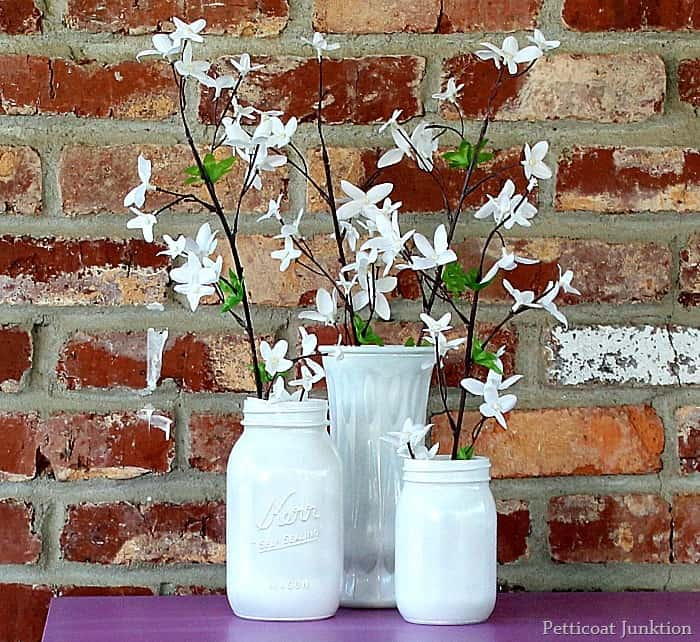 Spray Paint Glass Jars And Use Them As Vases