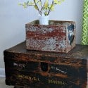 diy-trunk-table-with-chippy-turquoise-crate-Petticoat-Junktion.jpg