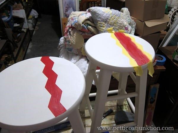 painting bar stools using Chevron design Petticoat Junktion