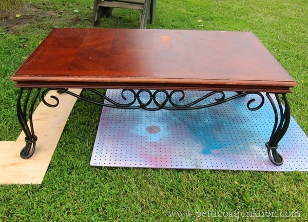 coffee table paint project Petticoat Junktion