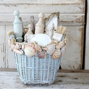 How To Decorate With Seashells {Basket Craft}