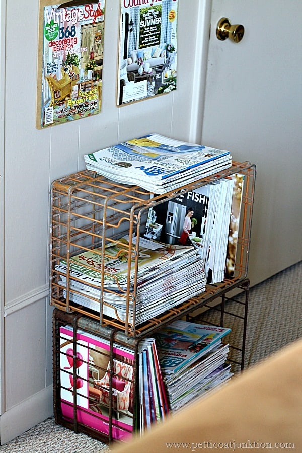 easy diy wall display for magazines Petticoat Junktion