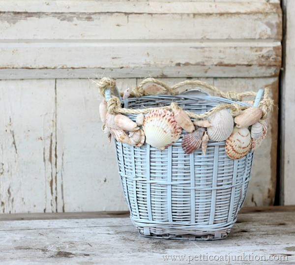 how to decorate with seashells Petticoat Junktion