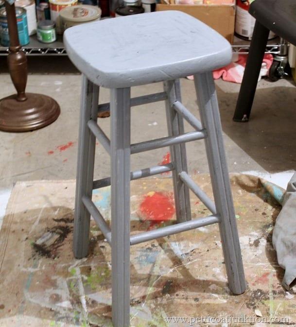 Glidden Gripper Primer Petticoat Junktion paint project