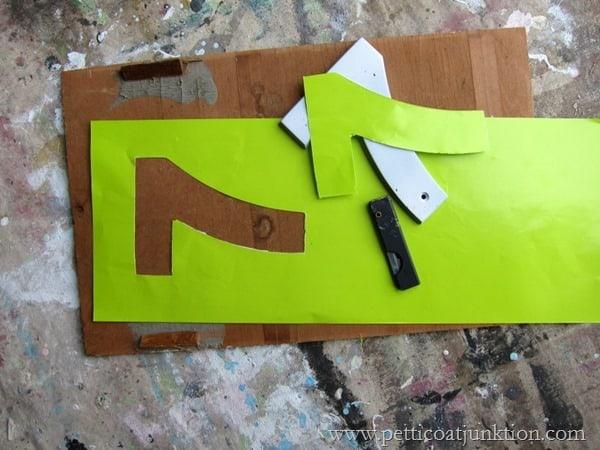 cutting stencils Petticoat Junktion