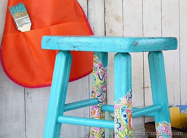 decoupage stool Petticoat Junktion project