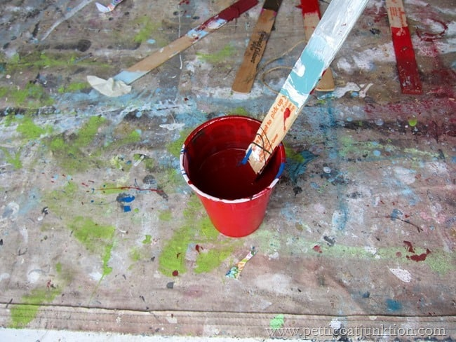 mixing paint Petticoat Junktion