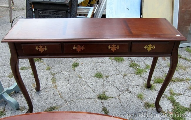 project table for makeover Petticoat Junktion
