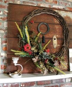 Fall-Wreath-Mantel-Decor-Petticoat-Junktion-Fall-Home-Decor-Tour_thumb.jpg