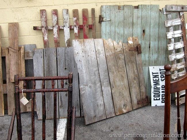 barnwood gates and doors Nashville Flea Market Petticoat Junktion