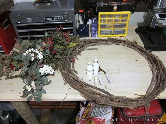 making a fall wreath Petticoat Junktion
