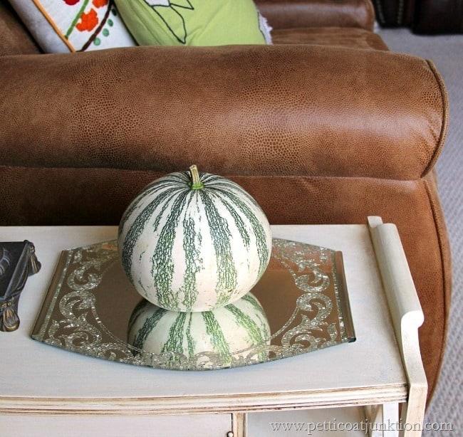 pumpkin fall home tour Petticoat Junktion