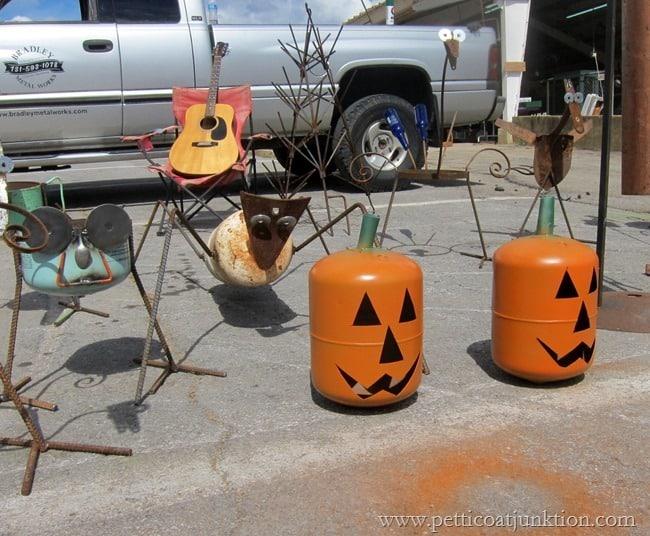 pumpkin yard art Nashville Flea Market Petticoat JUnktion