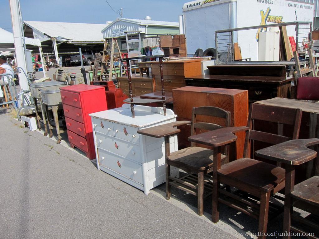 Superb Rows Of Furniture Nashville Flea Market Petticoat Junktion