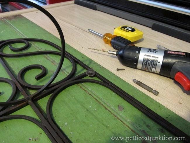 using a screwdriver Petticoat Junktion