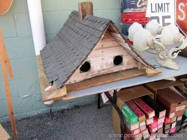 diy birdhouse Nashville Flea Market Petticoat Junktion shopping trip