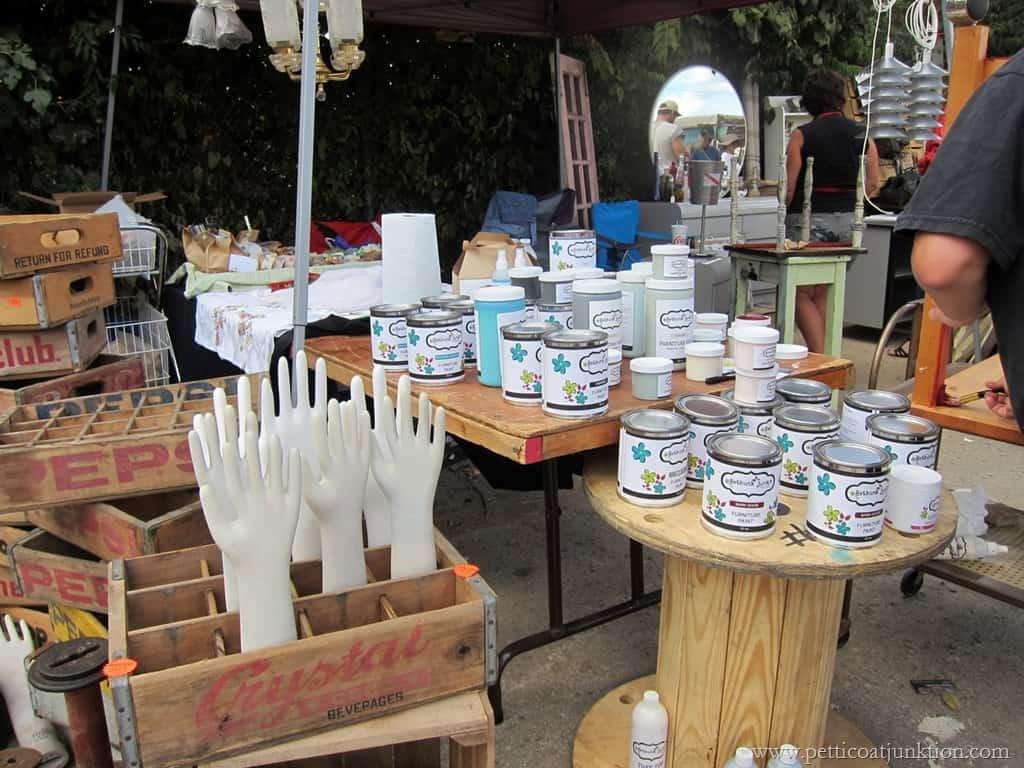 Glware Nashville Flea Market Petticoat Junktion Junkin Trip