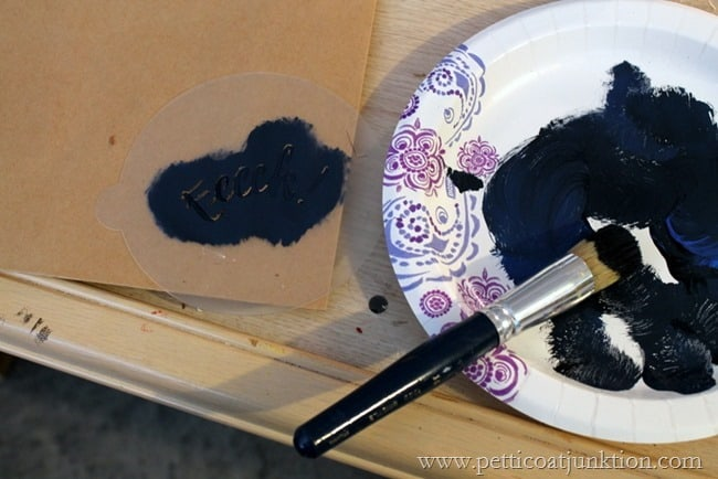how to stencil trick or treat bags Petticoat Junktion