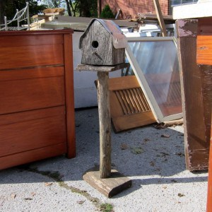 Rustic Barnwood Birdhouse { Junk Find }