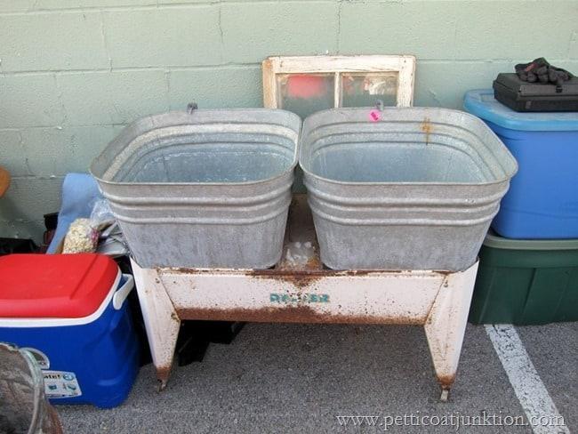 double wash tub Nashville Flea Market Petticoat Junktion