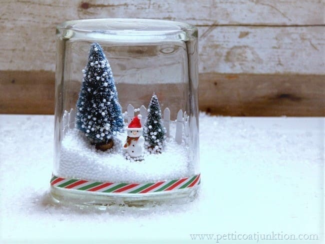 how to make a winter snowman scene in a glass jar