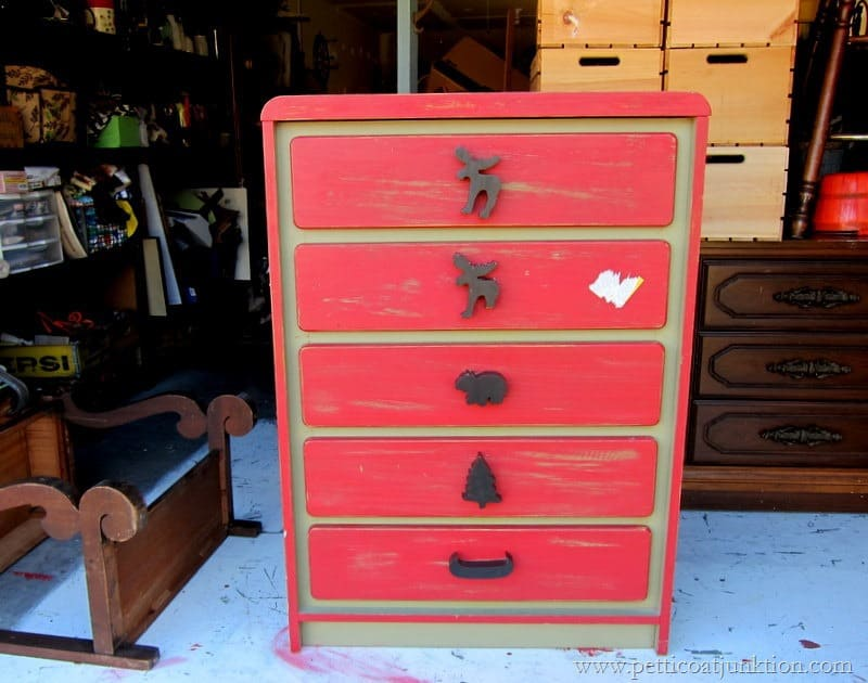 How To Update Childrens Bedroom Furniture Petticoat Junktion - Painted childrens bedroom furniture
