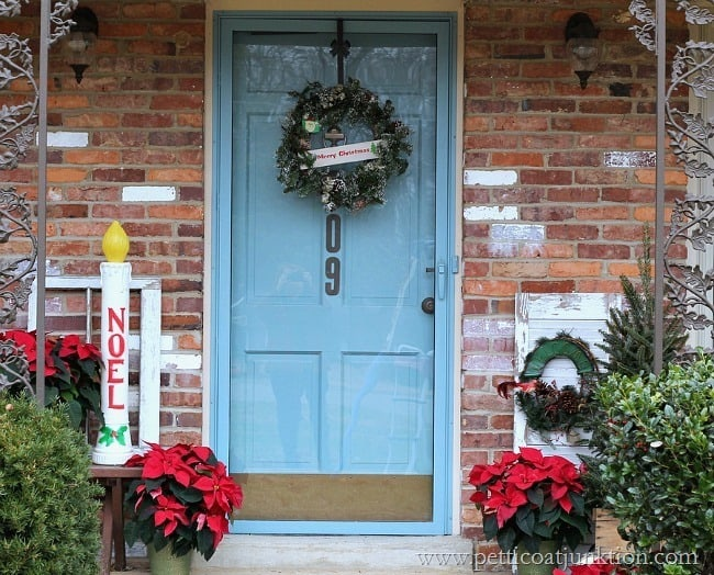 Greet Visitors With Vintage Christmas Decor Welcome Home Tour