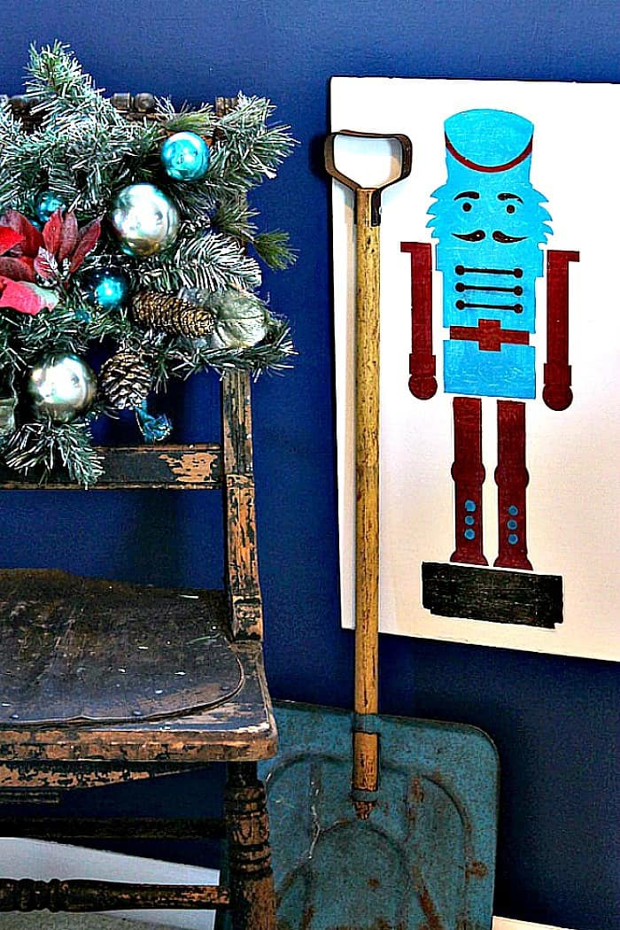 nutcracker-stencil-project-red-and-turquoise