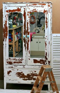 How To Go Bold With Milk Paint | Vintage Wardrobe
