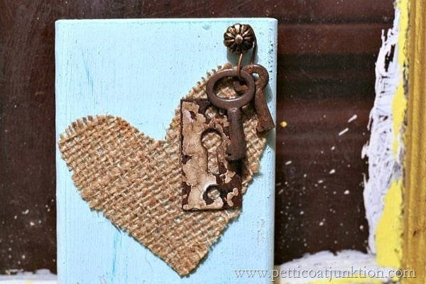 burlap heart diy junk project  Petticoat Junktion