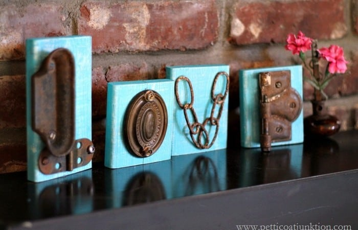 turquoise-junky-love-sign-Petticoat-Junktion.jpg