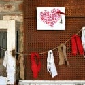 Red-Garland-and-Hearts-Fireplace-Mantel-Display.jpg