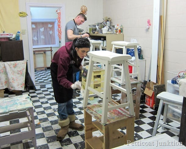 painting together furniture painting workshop Petticoat Junktion