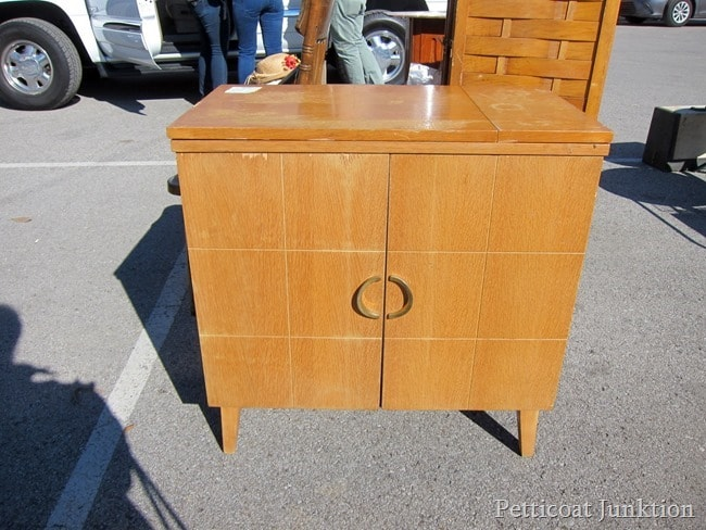 Mid Century Moden Sewing Machine Cabinet Petticoat Junktion shopping find