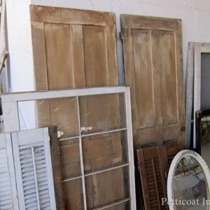 antique-doors-Nashville-Flea-Market-Petticoat-Junktion_thumb.jpg