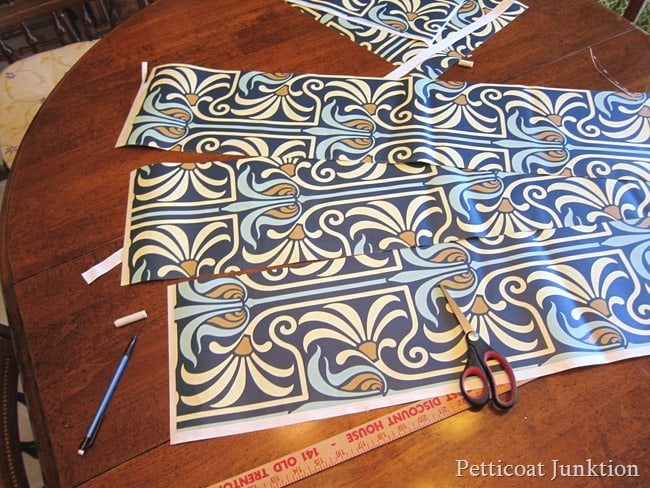 cutting strips of wallpaper Petticoat Junktion tutorial
