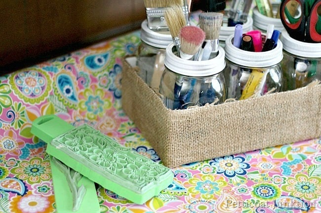 mason jar craft organizer Petticoat junktion burlap project