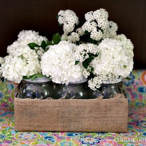 mason-jar-crafts-flower-display-Petticoat-Junktion.jpg