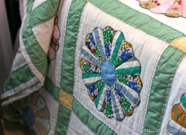 Dresden Plate quilt pattern Pettocat Junktion
